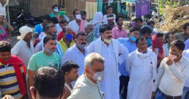 गोपालगंज: पूर्व विधायक रेयाजुल हक राजू ने सदर प्रखंड के दर्जनों बाढ़ प्रभावित इलाके का किया दौरा