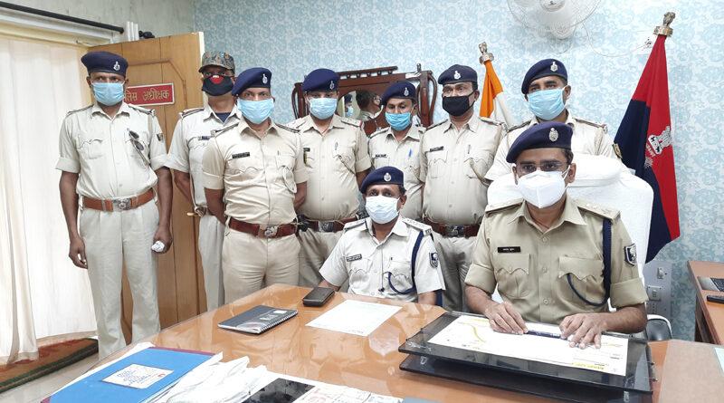 गोपालगंज: बंधन बैंक के कर्मी से लूटकांड की घटना का पुलिस ने किया खुलासा, लूट की रकम बरामद